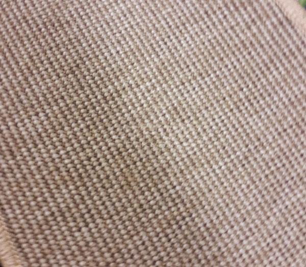 Фактура ковровой  накладки Манила бежевого цвета.