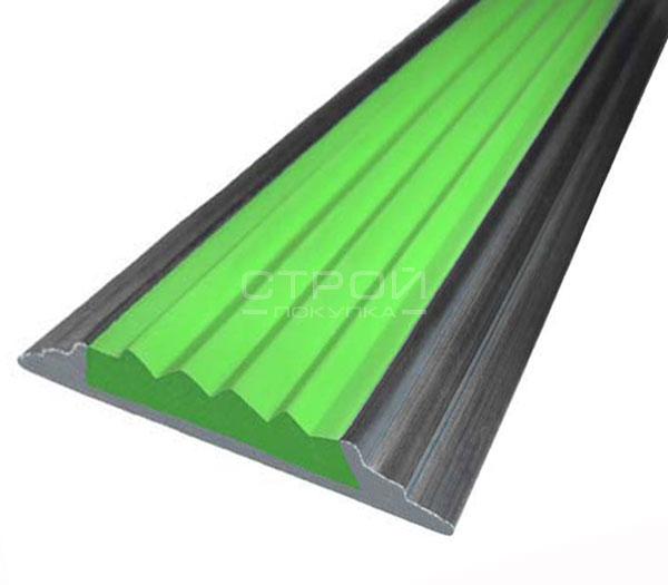 Антискользящая алюминиевая накладка Next АП46 с зеленой резиновой вставкой