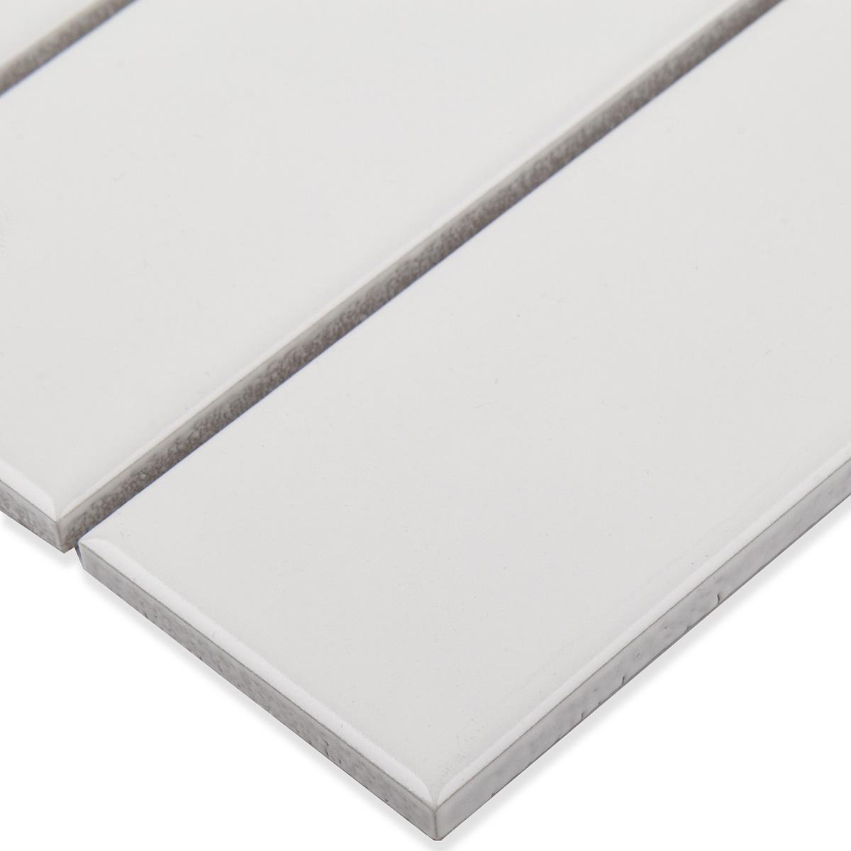 Керамическая мозаика 47x147 White Matt (V-VW56000) на сетке 300х300x6 мм из коллекции Brick & Metro.