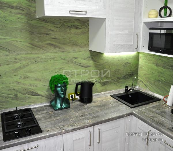 Отделка гибким камнем кухни цветом Изумруд 2