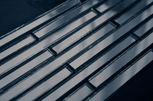 Графитовая зеркальная мозаика D149-2 на сетке.
