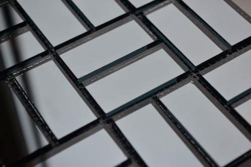 Графитовая зеркальная мозаика D42-3 на сетке.