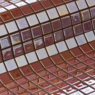 Глянцевая мозаика Opalo Metal розового цвета производства Ezarri.