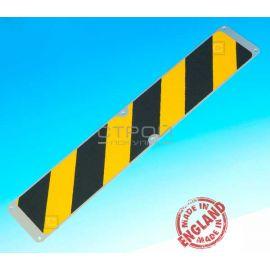 Черно-желтая противоскользящая пластина