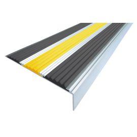Алюминиевый угол для ступеней Next АНУ98-3 с двумя черными и желтой сигнальной вставкой.