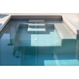 Мозаика Niebla 2523-B 2,5х2,5 см дымчато-бежевого цвета завода Ezarri для бассейна