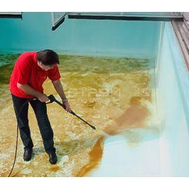 Чистка бассейна средством  для уборки после строительных работ Kenaz.