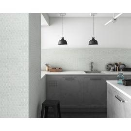 Мозаика Hexagon Marbles 4300 серого цвета в интерьере кухни