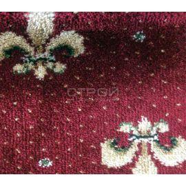 Фактура красных ковриков Лилия на деревянную лестницу.