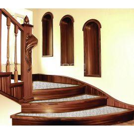 Накладки на лестничные ступени   Rocca на винтовой лакированной лестнице.