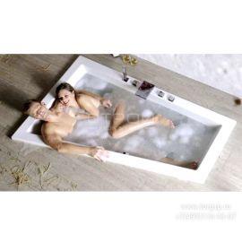 Ванна разносторонняя акриловая Triangl 180x120 см идеально подходит для семейной пары.