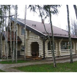 Загородный дом покрытый   защитной глазурью Wood Stain.