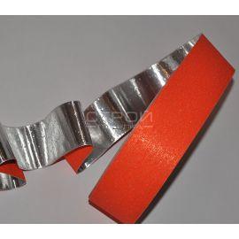 Обратная сторона оранжевой противоскользящей алюминиевой ленты