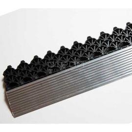 Алюминиевый профиль порог соединенный с крайним модулем грязезащитного покрытия