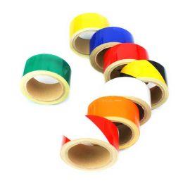 Светоотражающая самоклеющаяся разметочная лента Heskins в разных цветах.