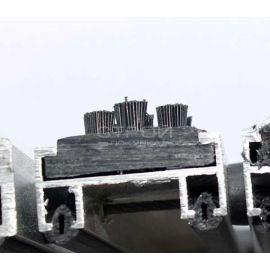 Торец алюминиевого профиля грязезащитного покрытия