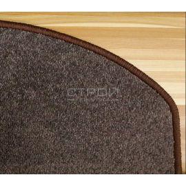 Фрагмент накладки на ступени из ковролина — Ялта шоколад.