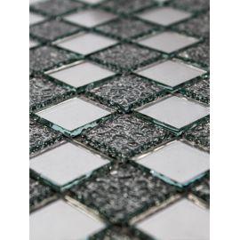 Холодный отсвет зеркальной мозаики CY817 подобен изображению стен ледяного дворца.