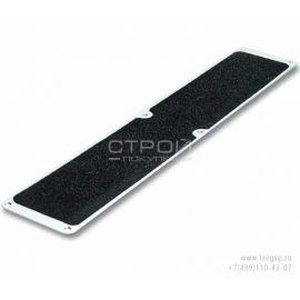 Отверстия для крепления алюминиевой накладки на ступени длиной 114 мм с противоскользящей черной лентой.