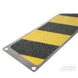 Сигнальная накладка - алюминиевая полоса 114 мм с противоскользящей черно-желтой абразивной лентой.