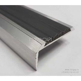 Порог угловой алюминиевый с резиновой вставкой - вид сбоку.
