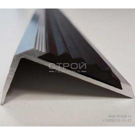Порог угловой алюминиевый с резиновой вставкой - вид с торца.