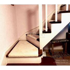 Нескользящие коврики для лестницы СанМарино любой формы на заказ.