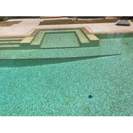 Уличный бассейн выложен мозаикой Bellini Cocktail