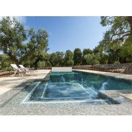 Мозаика Zen Sarsen в бассейне.