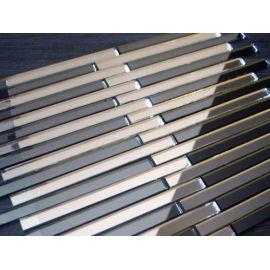 Серебряная зеркальная мозаика SD149-2 на сетке.