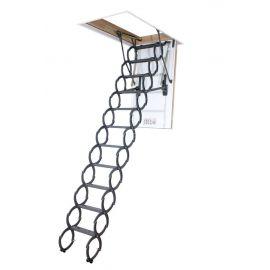 Ножничная лестница Fakro LST в разложенном состоянии.