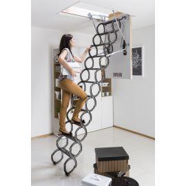 Ножничная лестница Fakro LST выдержит нагрузку до 200 килограмм.