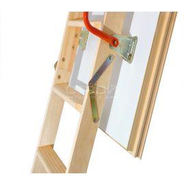 Поручень и механизм трехсегментной чердачной лестницы Fakro LTK с люком повышенной теплоизоляции.