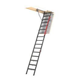 Чердачная лестница Fakro LMP для высоких потолков от 3 до 3,66 метров в разложенном виде.