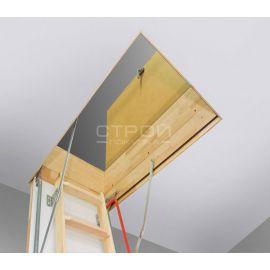 Защитный утепляющий верхний короб LXW RU установленный с чердачной лестницей.
