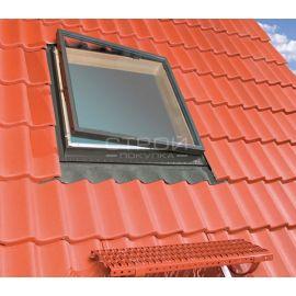 Окно люк для выхода на крышу WLI с боковым открыванием, вписанное в кровлю.