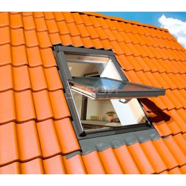 Двухкамерные мансардные окна FTS-V U4 с вентклапаном.
