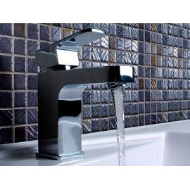 Мозаика Etna коллекции Vulcano с перламутровой поверхностью для ванных, душевых, кухни.
