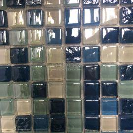 DGS037 мозаика 15х15 мм из стекла