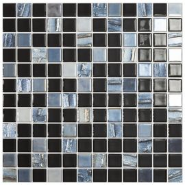 Стеклянная мозаика Vidrepur Astra Black с рельефной поверхностью.