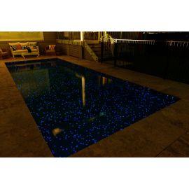 Fosfo Aquila люминесцентная мозаика Ezarri в бассейне