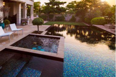 Какого цвета будет вода в моем бассейне?