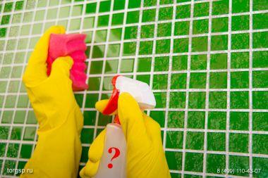 Каким средством очистить плитку?
