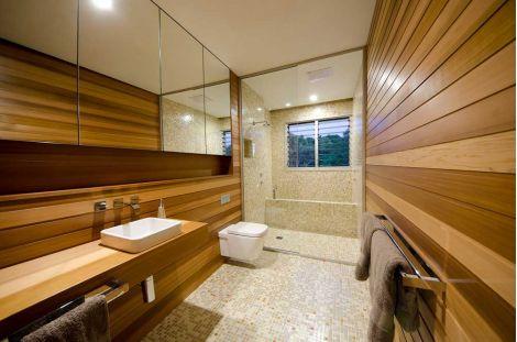 Ванная выложена миксом мозаики Bellini Cocktail