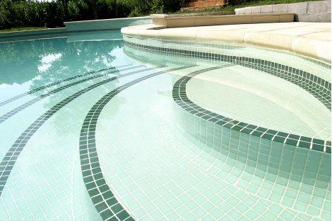 Мозаика мятного цвета 2549-A в бассейне