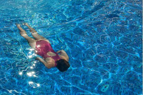 Мозаика Blueberries Topping (Испания, Ezarri) подходит не только для бассейнов.