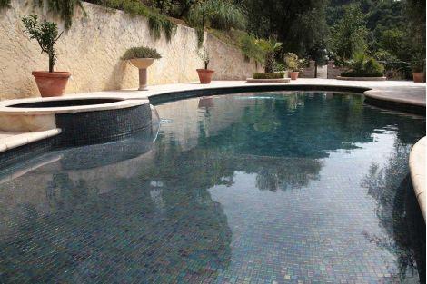 Мозаика Iris Ebano для отделки бассейновой чаши