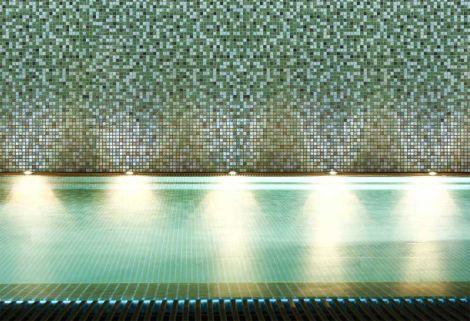 Мозаика Grasshopper Cocktail от испанского завода Ezarri для облицовки бассейна