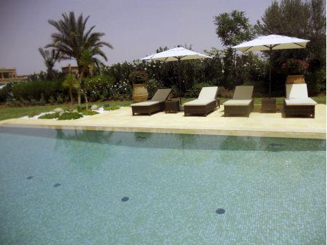 Мозаика Sahara Mix Iris —  облицовка бассейн бежевой мозаикой