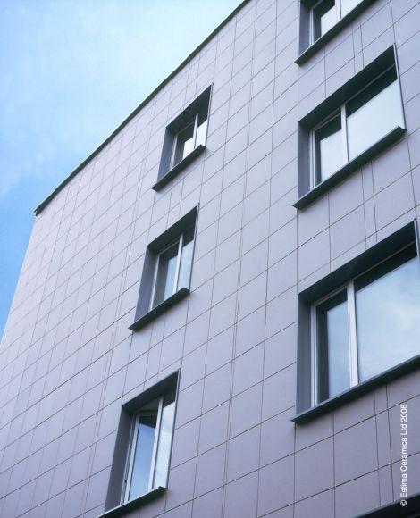 керамогранит ST01 в отделке фасада